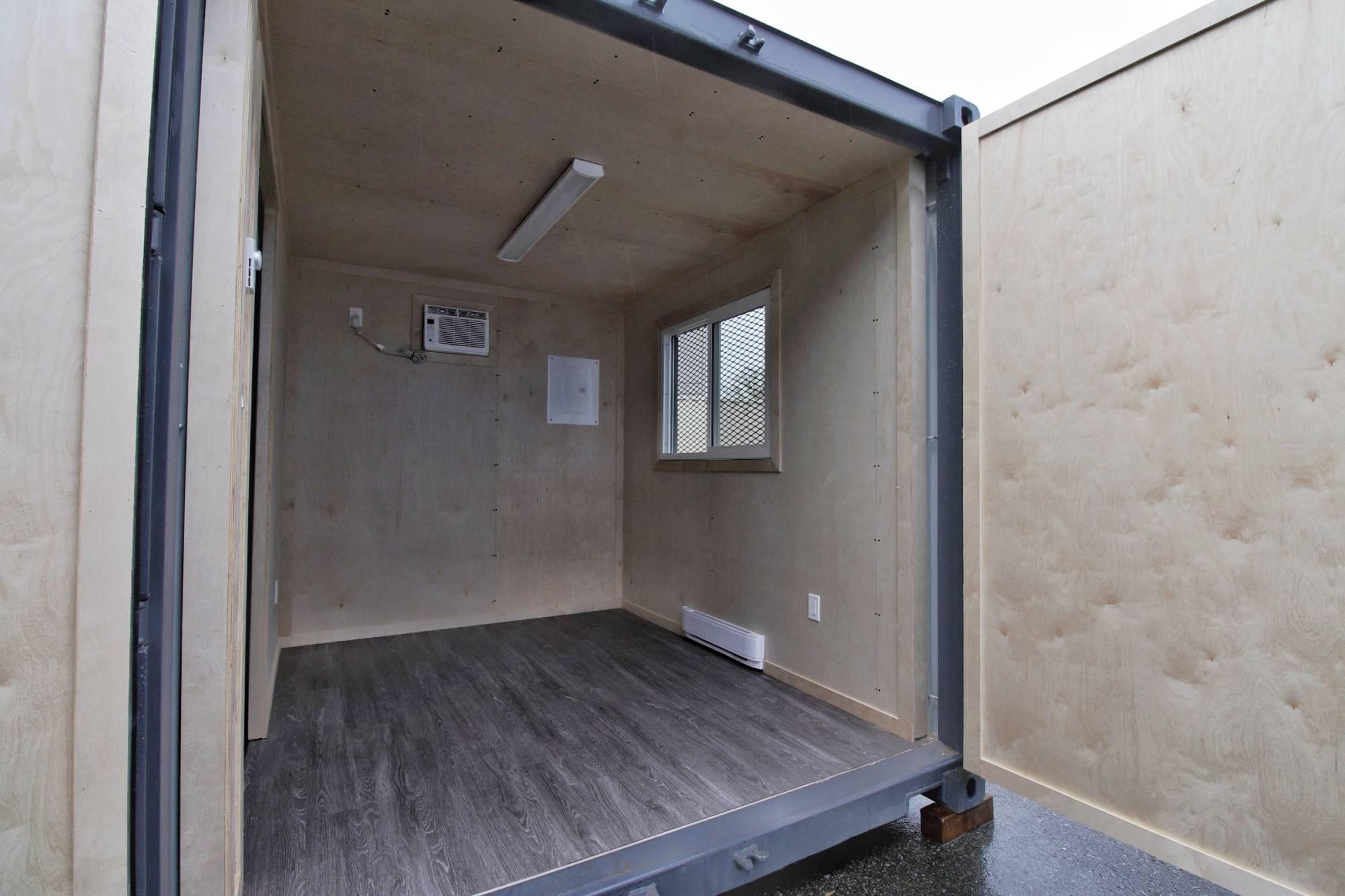 10' Construction Office - Custom Cubes