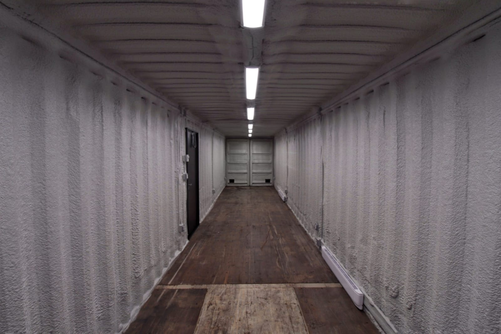 40′ Shipping Container Workshop - Custom Cubes
