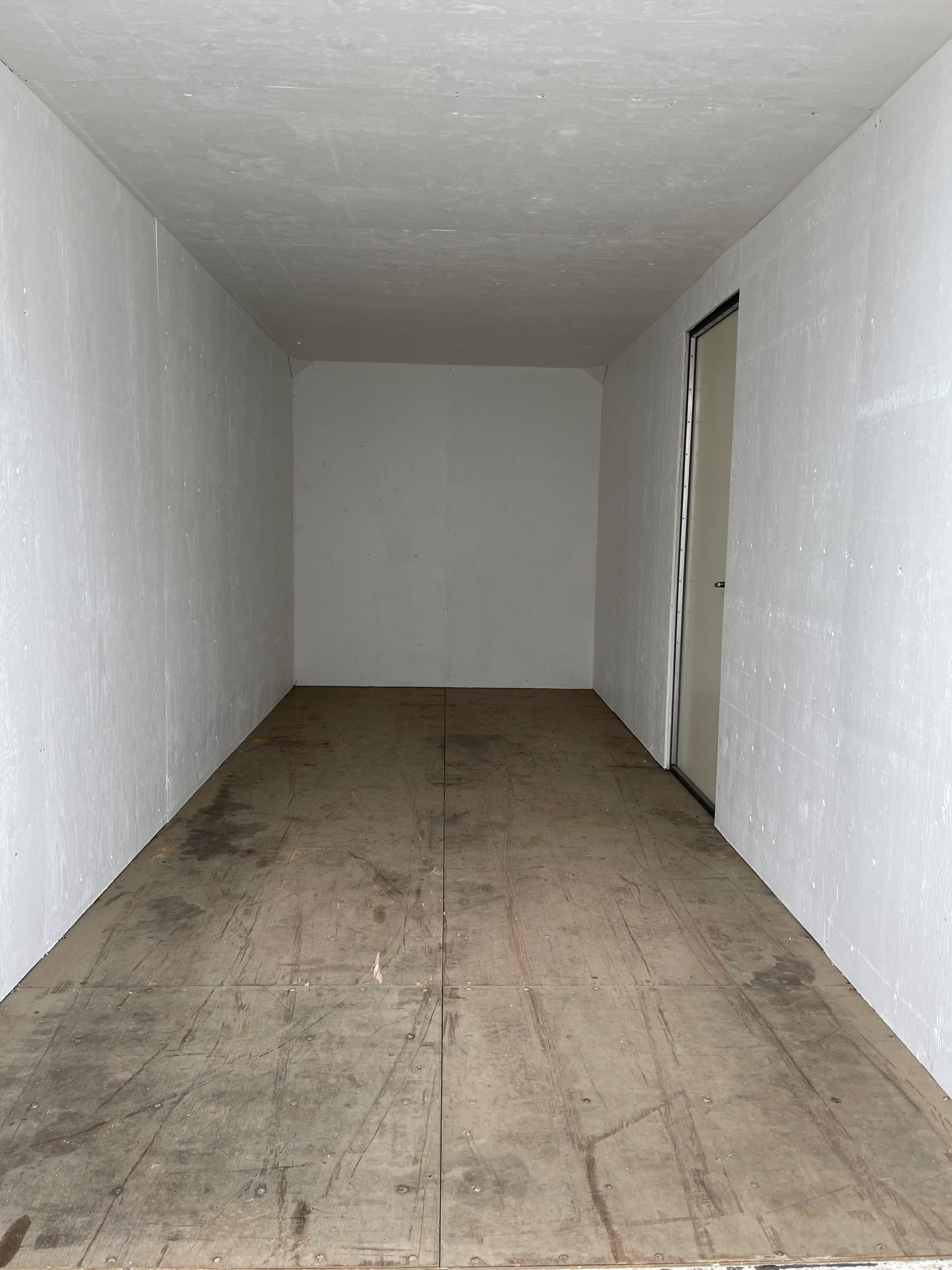 20' New (1-TRIP) Shipping Container, Personnel Door, Insulated - Custom Cubes